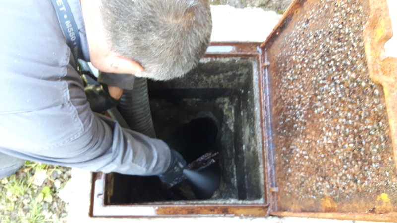 Vidange Nettoyage Entretien Des Fosses Et Bacs  Graisses Pour